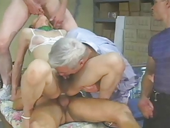 Asian T-girl receives 3..
