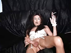 Hott T-girl Smoke Onanism