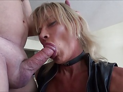 super-bitch leather t-girl..
